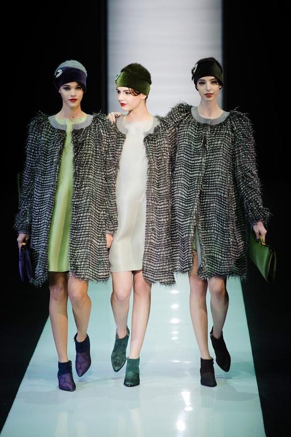 """266dab46cd9ee Emporio Armani apresenta sua coleção 0utono-Inverno na """"Milan Fashion Week"""""""