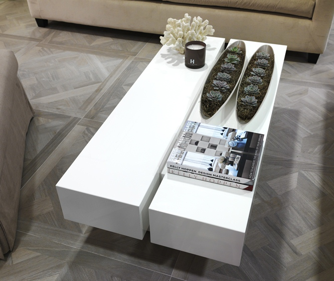 Kelly Hoppen's New Design Studio
