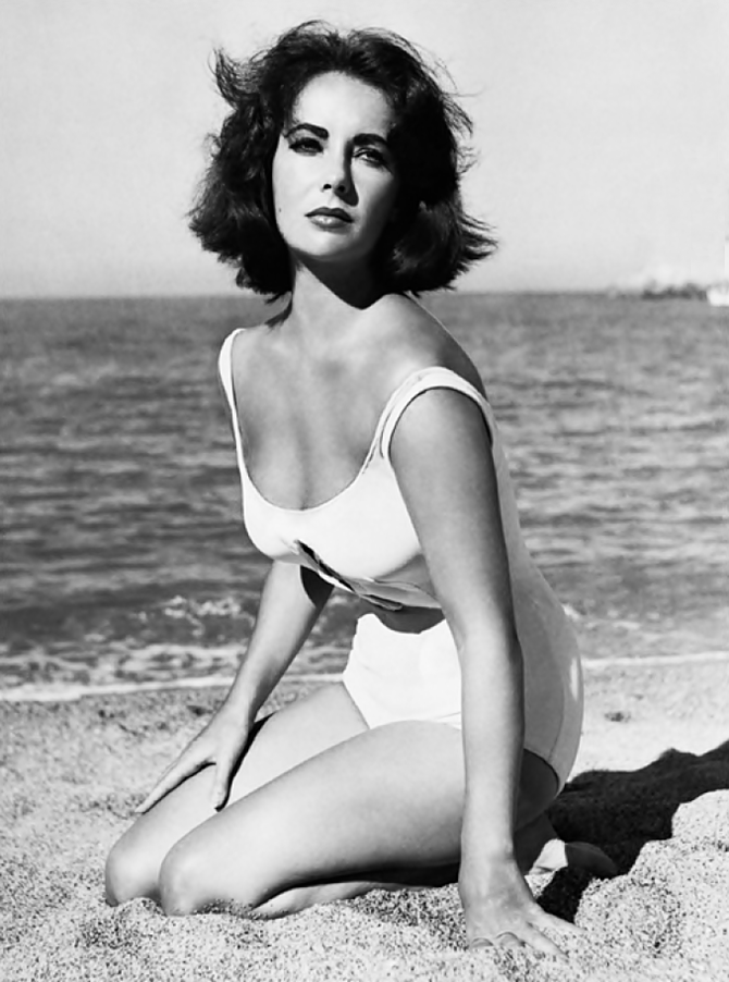 Elizabeth Taylor in a pivotal scene of Suddenly Last Summer