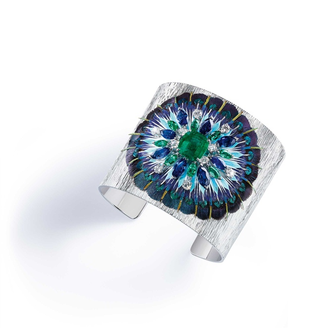 "Piaget presents the collection ""Secrets And Lights"""