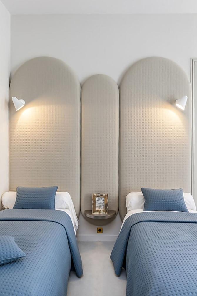 Apartment Saint Germain des Prés, Paris by Gérard Faivre - Tempo da Delicadeza