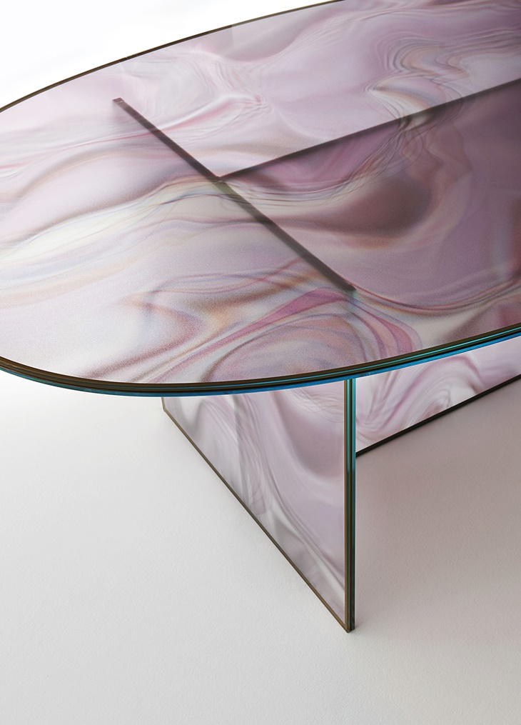 LIQUEFY table by Patricia Urquiola